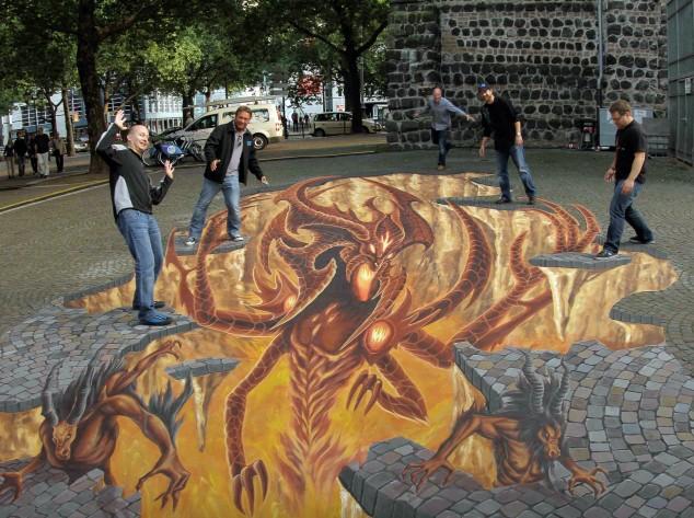 Interesting-3D-Street-Art-Paintings-9-634x473 26 Most Stunning 3D Street Art Paintings