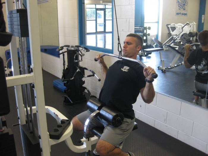 Lat-Pull-Down-Finish What Are the Military Workouts?
