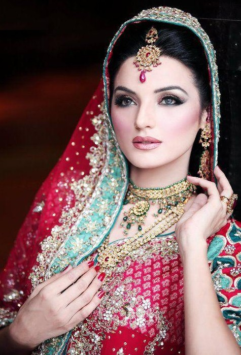 Latest-Indian-Gold-Jewelry-Designs-2012 2017 Latest Trends Of Bridal Indian Jewelry