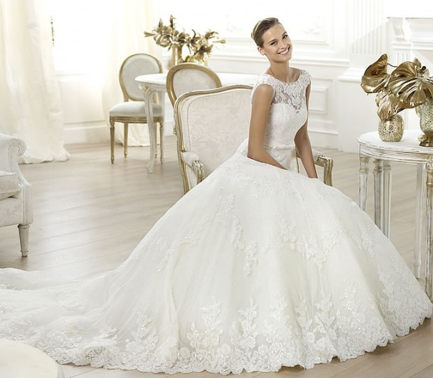 Lenit-Pronovias-wedding-dresses-2014 19 Most Breathtaking Bridal Dresses Ideas For 2019