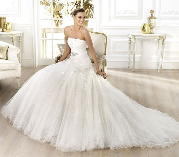 Liceria-Pronovias-wedding-dresses-2014 19 Most Breathtaking Bridal Dresses Ideas For 2020