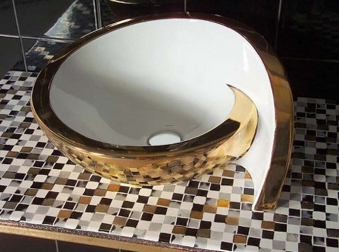 Luxurious-Bathroom-Sink-with-Unique-Tiling-Design 40 Catchy and Dazzling Bathroom Sinks