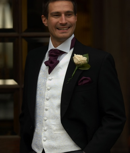 Mens-Black-Wedding-Suits Which One Is The Perfect Wedding Suit For Your Big Day?!