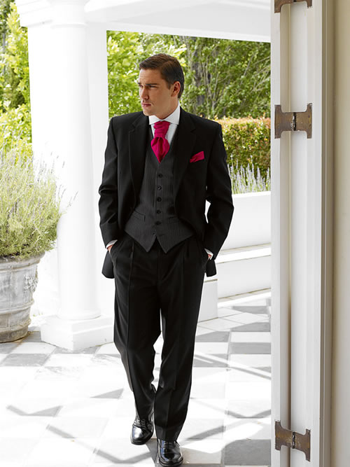 Mens-Wedding-Suits-design-black-eith-red Which One Is The Perfect Wedding Suit For Your Big Day?!