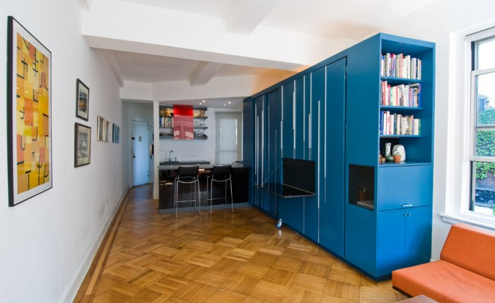 Modern-Small-Apartment-Designs-Ideas-with-Wooden-Floor 43 Modern And Creative Ideas Of Flooring Designs