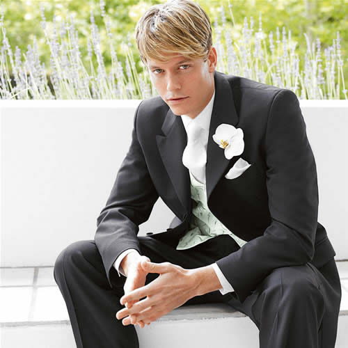 Moss Bros Hire Mens Wedding Suits 300x300