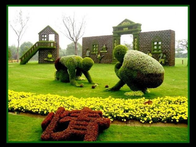 Most-Amazing-Grass-Sculptures-5-634x475 23 Remarkable Grass Sculptures