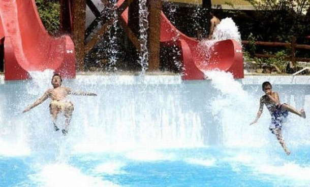 Raging-Waters-California 15 Of The World's Wildest WaterParks