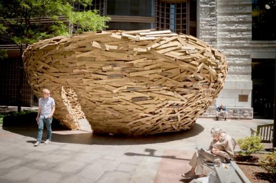 Reading-Nest-Mark-Reigelman-1-537x357 24 Amazing Wooden Installations Art