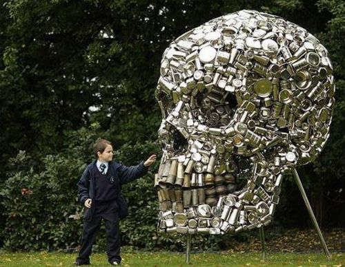 Recycled-skull-art 12 Impressive Art Works Made From Recycled Materials