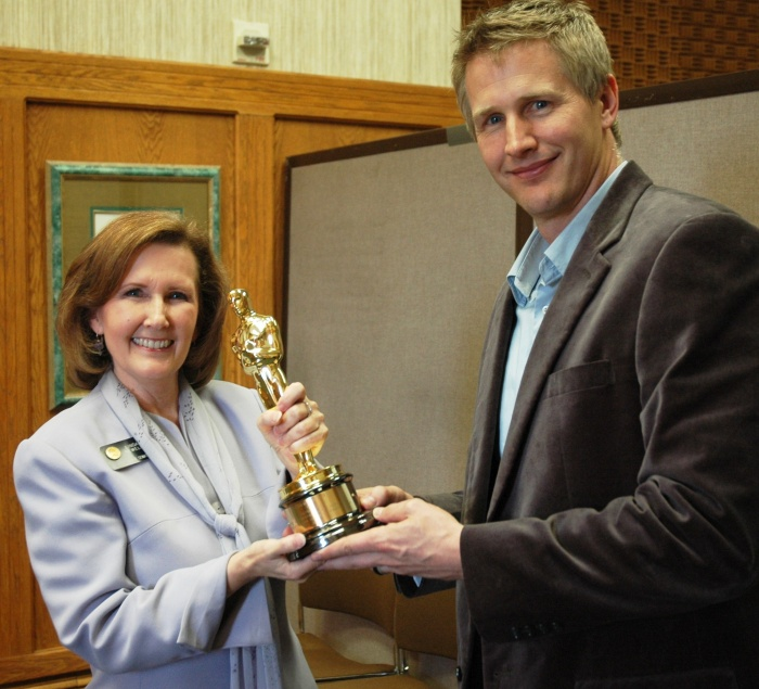 Senator-Newell-receives-her-Academy-Award-e1335887387797 Oscars' Winners And The 85th Academy Awards Ceremony