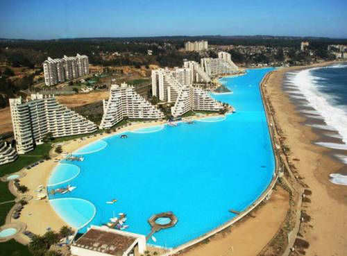 Slide514 14 Images Of The Largest Swimming Pool In The World