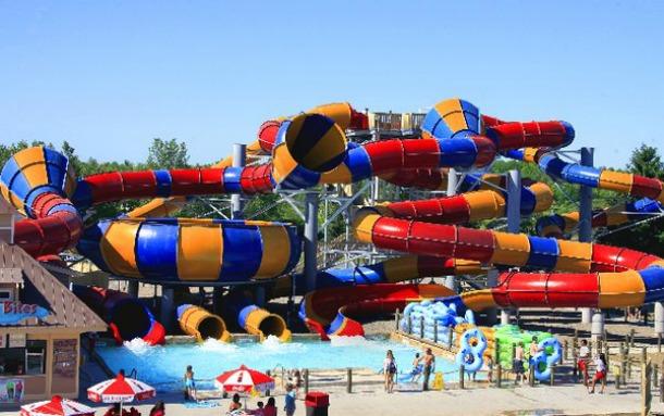 Splashtown-Water-Park1 15 Of The World's Wildest WaterParks