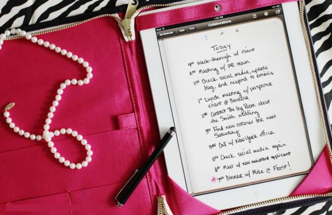 The-Everygirl_Jess-Constable-Column Most 15 Creative Website Ideas to Start Building Yours