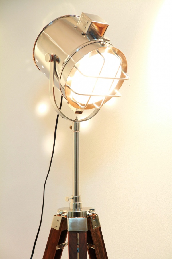 Theatre-Stage-Floor-Lamp 30 Most Creative and Unusual lamp Designs