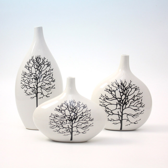 Three-Wheelthrown-Handmade-Ceramic-Vase 35 Designs Of Ceramic Vases For Your Home Decoration