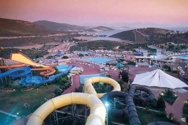adaland 15 Of The World's Wildest WaterParks