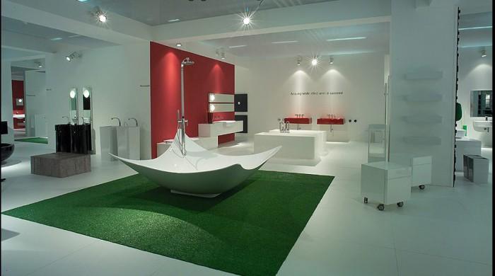 amazing-contemporary-large-bathroom-design-with-unique-bathtub 25 Creative and Unique Bathtubs for an Elegant Bathroom