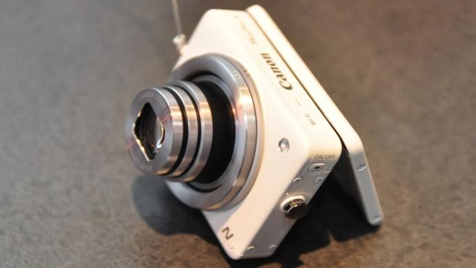 cescanonpowershotnjan11-686x387 Review On Canon PowerShot N