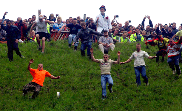 cheeserolling-1 Top 20 Most Mysterious Sports From Around The World
