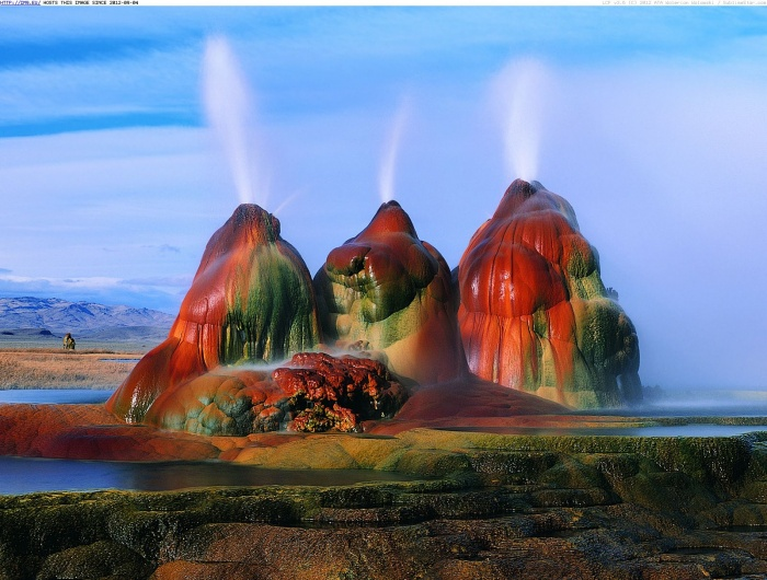 colorful-fly-geyser-black-rock-desert-nevada 25 Unbelivable Places Which You'll Hardly Believe Its Existence In The World