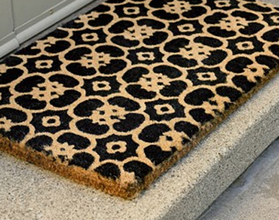 doormat2-734231 5 Tips On Choosing The Suitable Front Door Mat Or Rug