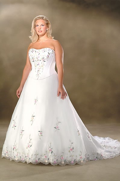 dresses_515-satin-white-1 Tips To Choose The Perfect Plus Size Bridal Dress...
