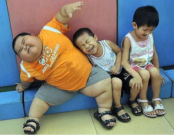 fat-kid-china Do You Have An Obese Kid?! Lose Weight By Playing Video Games