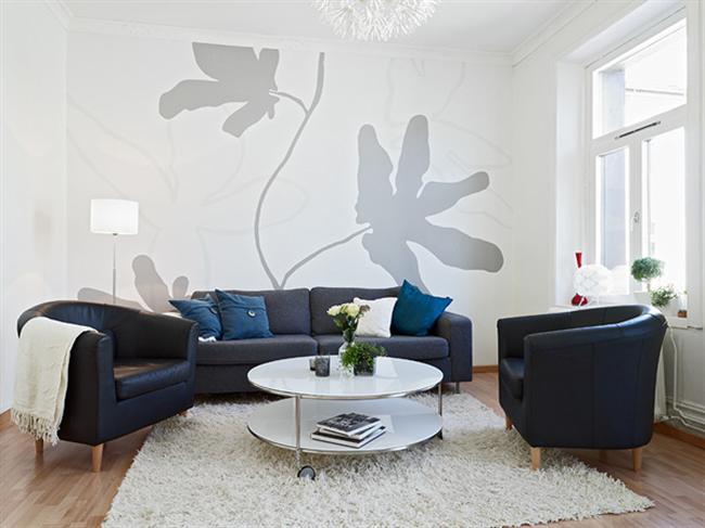 grey-large-wall-art-decorative-fresco-in-modern-dark-blue-white-living-room +20 Modern Ideas For Living Rooms Designs