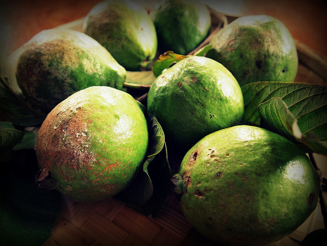 guava 19 Weird Fruits From Asia, Maybe You Have Never Heard Of