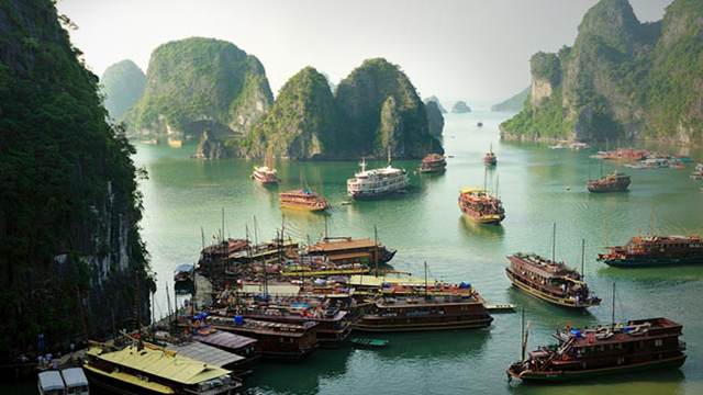 halong Top 25 Places You Have To See Before You Die...