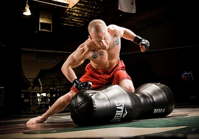 heavy-bag 10 MMA Workouts to Achieve Fitness