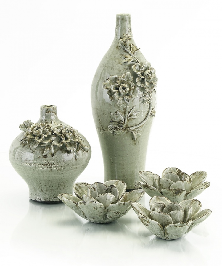 jugs-with-flowers-L 35 Designs Of Ceramic Vases For Your Home Decoration