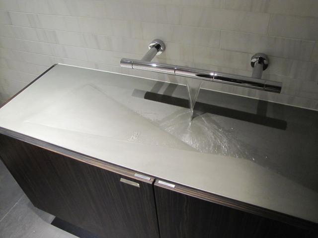 modern-bathroom-sinks1 40 Catchy and Dazzling Bathroom Sinks