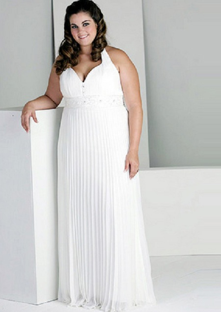 sheath-line-bridal-dress-for-plus-size-girls Tips To Choose The Perfect Plus Size Bridal Dress...