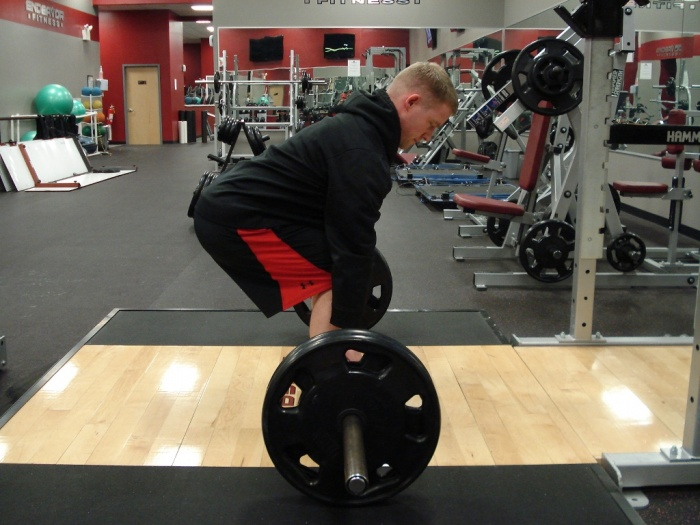 sports-training-neutral-neck-deadlift How to Increase Your Vertical Jump by 12 Inches in Few days