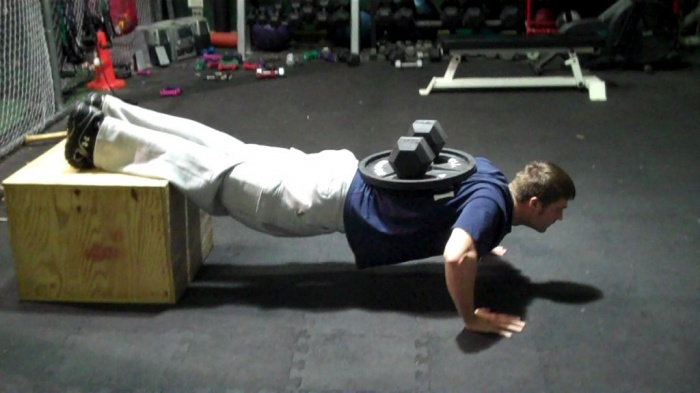 steve-push-up-weighted-drop-set1 10 MMA Workouts to Achieve Fitness
