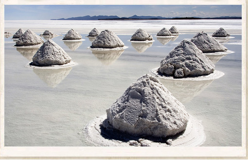strange-places-saltflats 25 Unbelivable Places Which You'll Hardly Believe Its Existence In The World