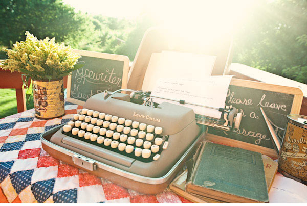 typewriter-wedding-guest-book-idea Unique And Creative Guest Book Ideas For Your Wedding Day