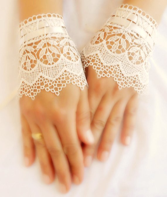 wedding-gloves-lace-cuff-bridal-cuff-ivory-cuff-lace-cuffs-lace-wedding-accessory-bridal-accessory-f-f75011 35 Elegant Design Of Bridal Gloves And Tips On Wearing It In Your Wedding