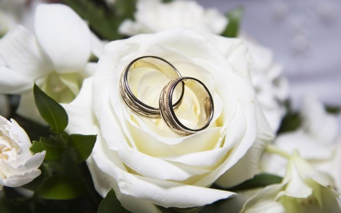 weddingbands1 Do You Know How to Create a Wedding Website?