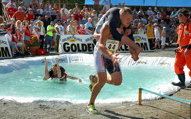 wifecarrying-1 Top 20 Most Mysterious Sports From Around The World