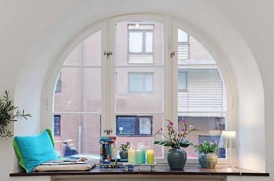 window-seat-interesting-design-idea-cheerful-colorful-decor-reading-nook-corner-design-living-room-stylish Window Design Ideas For Your House