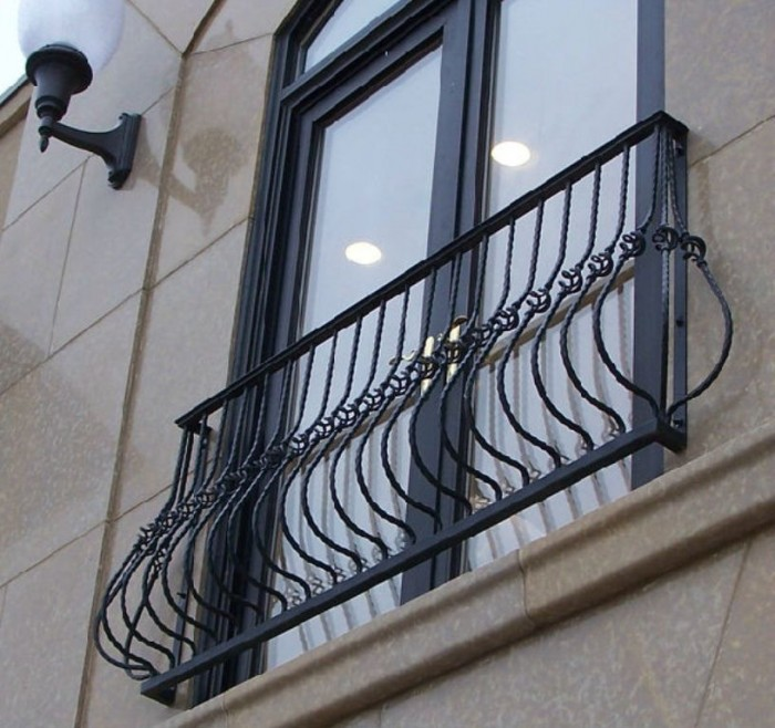 100_0051 60+ Best Railings Designs for a Catchier Balcony