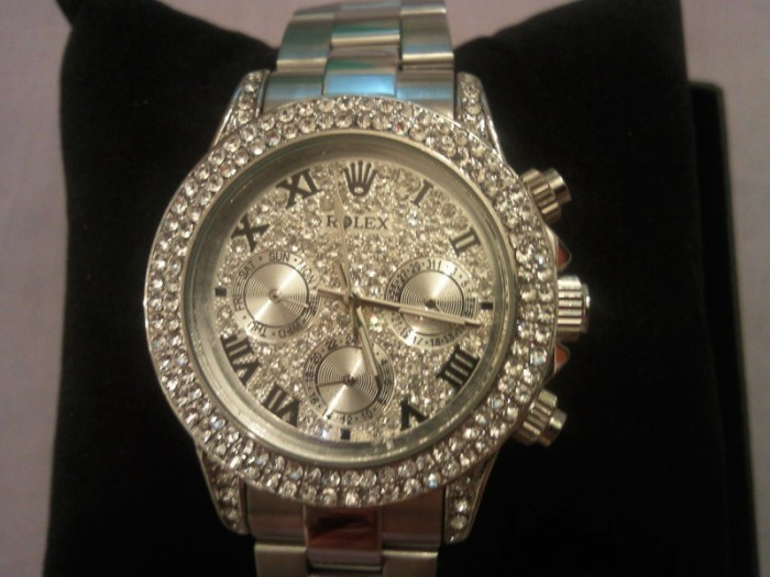 111210071113xn166kkc6p6pps1s 24 Most Luxury Watches For Women And How To Choose The Perfect One?!