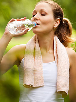 13-Hot-Weather-Workout-Tips-mdn 5 Tips On How To Stay Cool In The Warm Weather