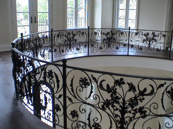 13088902528633 60+ Best Railings Designs for a Catchier Balcony