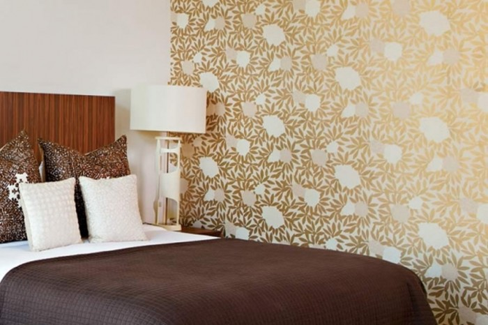 1835-contemporary-and-warm-bedroom-wallpaper-design-family-style-by_1440x900 Tips On Choosing Wallpaper For Your Bedroom