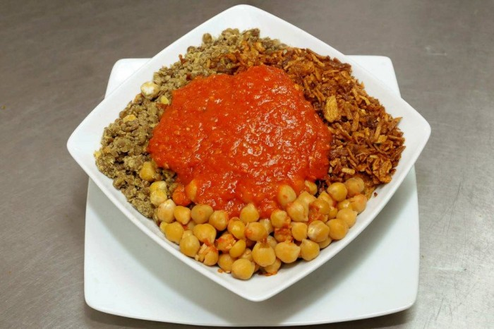 """317700_261179840592883_980285781_n The National Dish Of Egypt """"Koshary"""" With Its Recipe"""