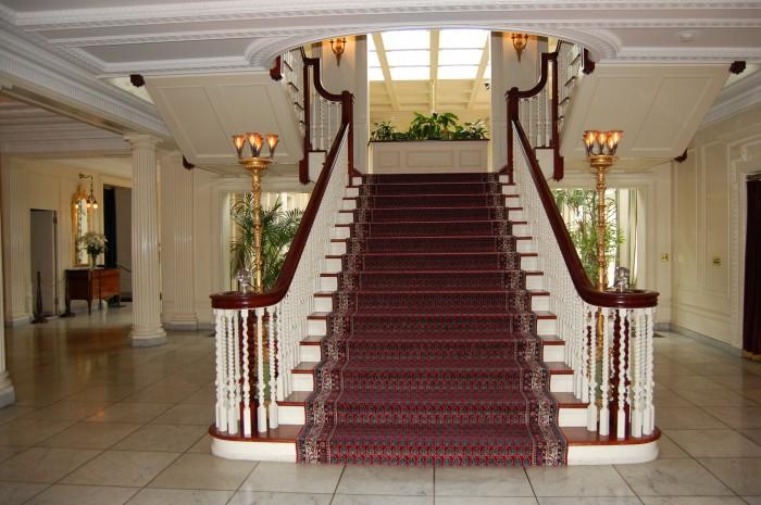4596836257_fa415ba7d8_o Make Your Home Look Like a Palace